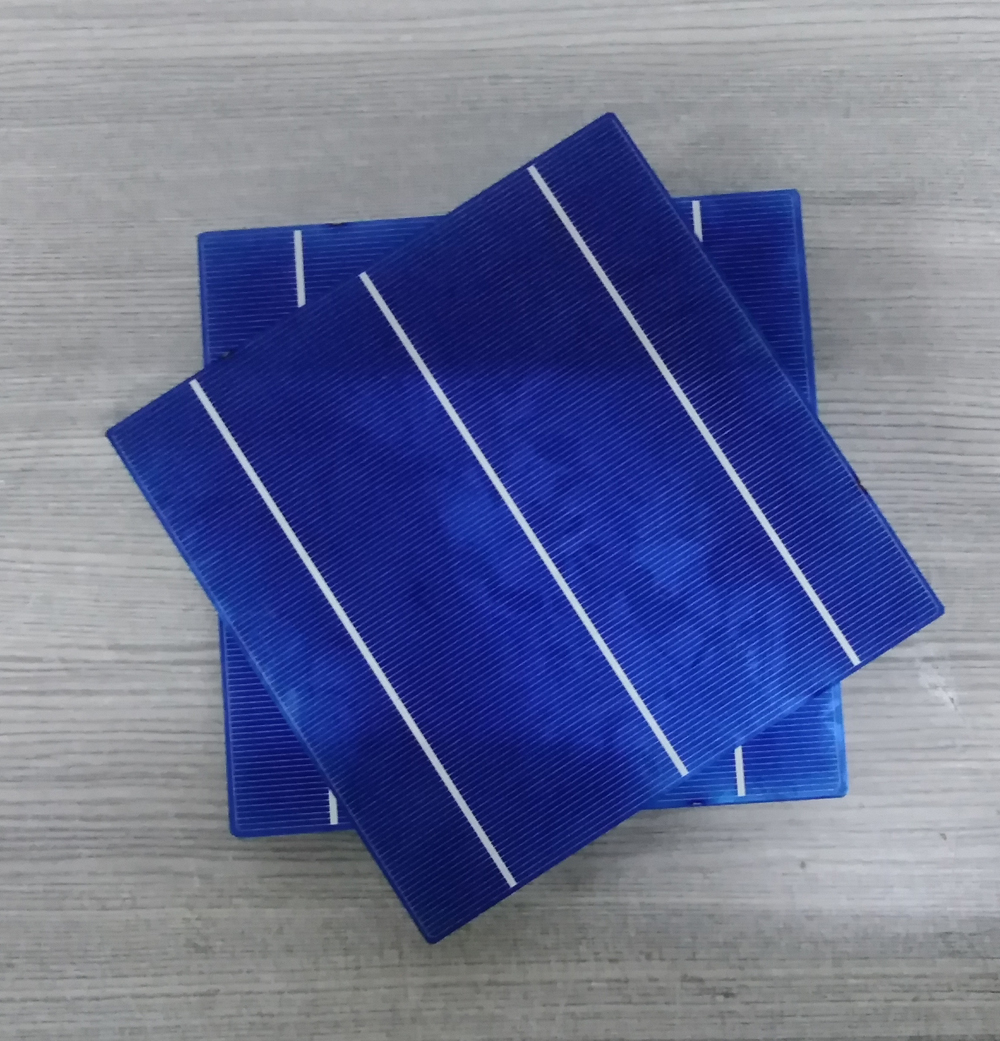 solar cell Poly 156*156mm 3bb 17.4-17.8%  A grade