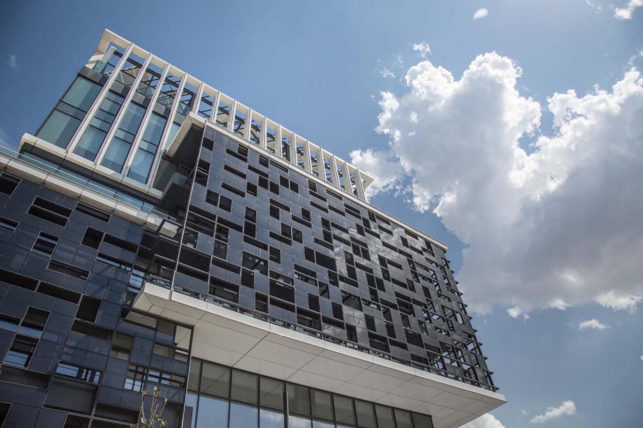 Onyx Solar Building Integrated Photovoltaics Panneaux